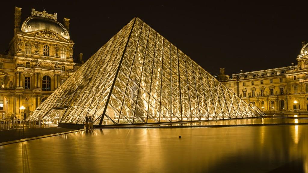 Découvrir Paris et le Louvre